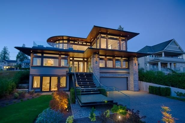 Modern 3 Storey House Design with Rooftop Will Make You Amaze