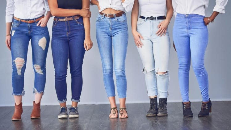 Many different and classy ways to style womens jeans
