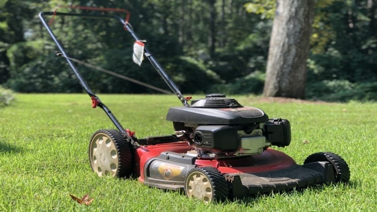 Follow some simple steps to prepare your lawnmower for the right season