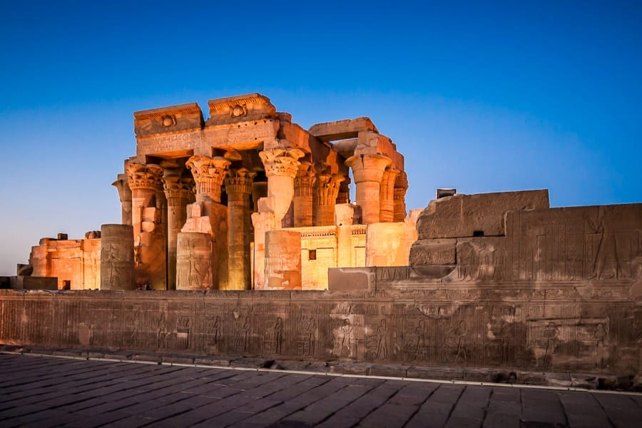 HOW TO PREPARE FOR YOUR TRIP TO EGYPT?