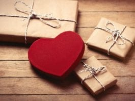 Impress Your Husband this Diwali with these Ultimate Gift Ideas