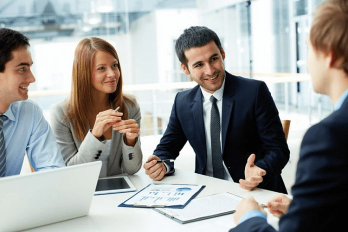 What Can You Do With A Diploma In Business Management?