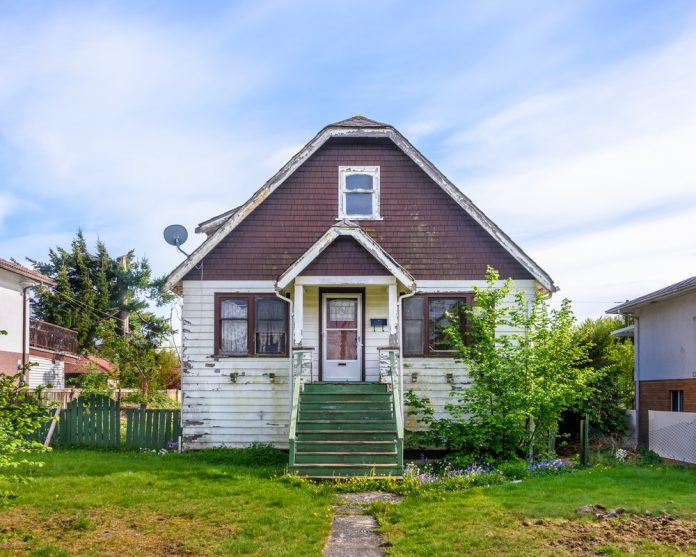 Tips on Restoring Old Homes for Beginners
