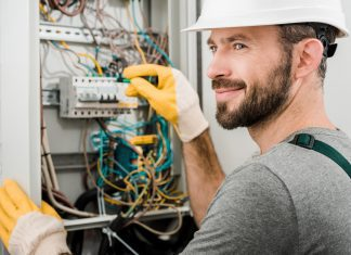 Top 5 Factors to Consider When Hiring a Residential Electrician