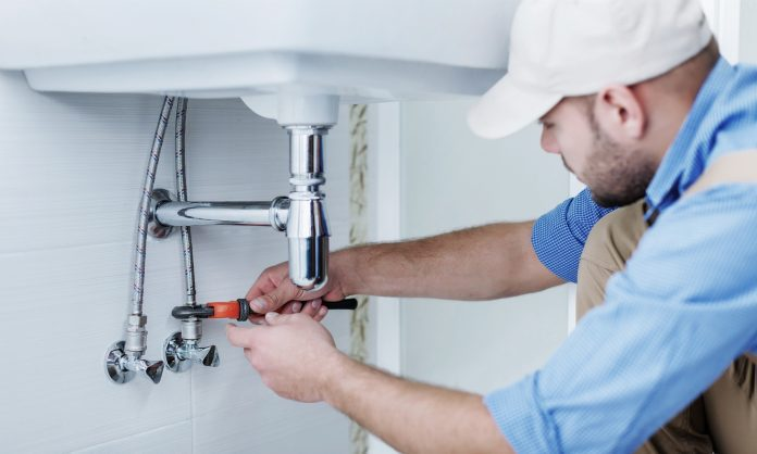 This Is When You Need to Hire a Plumber for Your House