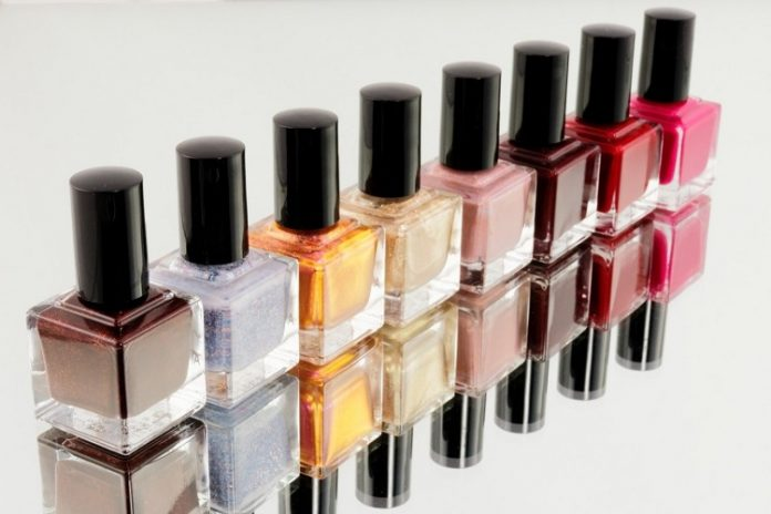 How to Paint Your Nails: A Guide for Beginners