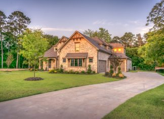 New Homeowners: How To Decide the Best Driveway Design Idea
