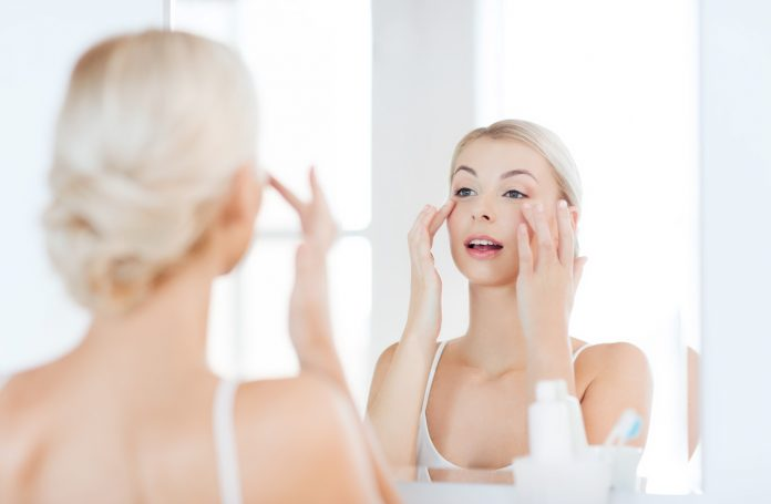 What is the Right Skincare Routine Order to Follow?