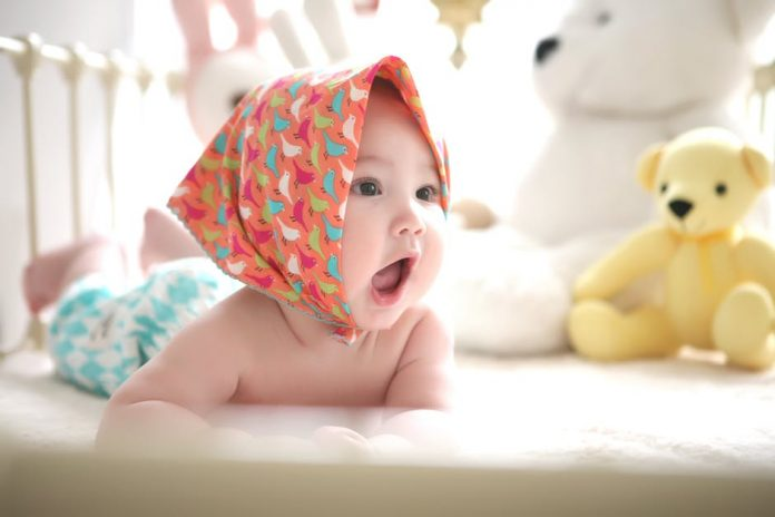 Baby Headwraps: Keeping Baby Cute, Comfortable Safe