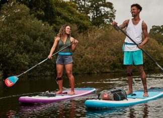 10 Helpful Stand Up Paddle Boarding Tips for Beginners