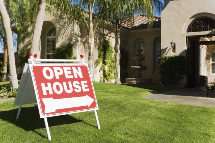 Tips to Get Your House Ready for Sale and Sell Your Home Fast